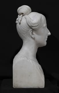 Rosa Taddei, marmor, c. 51 cm, Galleria Carlo Virgilio & C., Rom