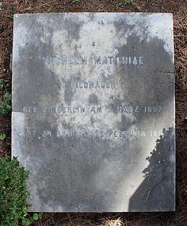 Gravmæle for W. Matthiä, Cimitero Acattolico