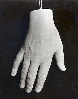 Afstøbning af Thorvaldsens højre hånd