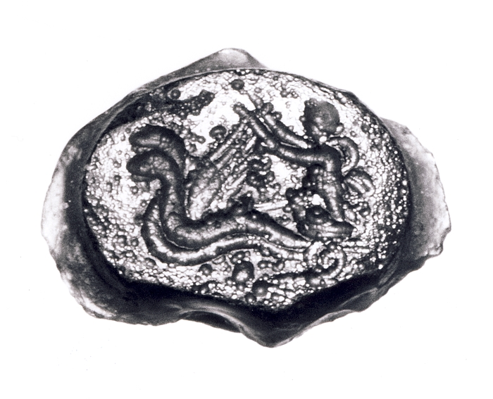 Demeter med to fakler på en vogn trukket af to bevingede slanger. Hellenistisk-romersk paste