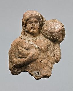 Statuette af en kvinde med en gris og en cista mystica. Vestgræsk