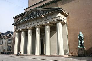 Bertel Thorvaldsen: Johannes Døberen prædiker, 1821-1822