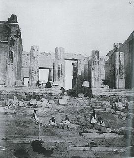 James Robertson: Propylæernes midtparti set fra vest, 1853-54