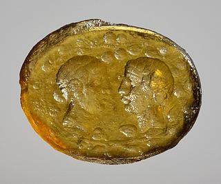 Hoveder af Dionysos og Ariadne. Hellenistisk-romersk paste