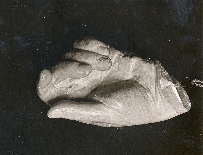 Afstøbning af Thorvaldsens venstre hånd