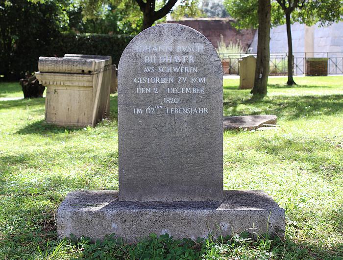 Gravmæle for J.J. Busch, Cimitero Acattolico