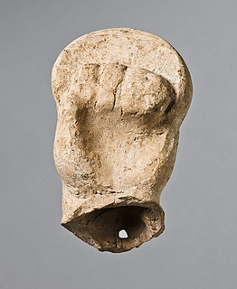 Skulptur af en boksers hånd med cestus. Romersk