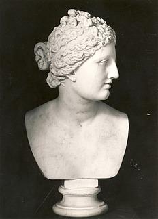 Bertel Thorvaldsen: Venus Medici, c. 1805-1810, marmor, uvist opholdssted, foto 1927